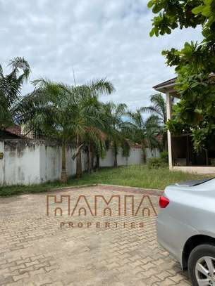 House for rent in Bongoyo street image 1