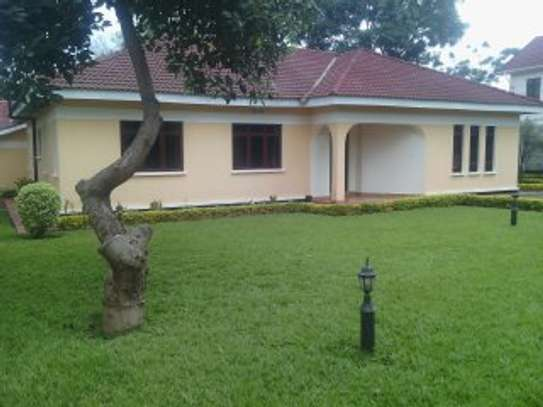 3MASTERBEDROOMS HOUSE FOR RENT AT NJIRO  AGM/PPF image 1