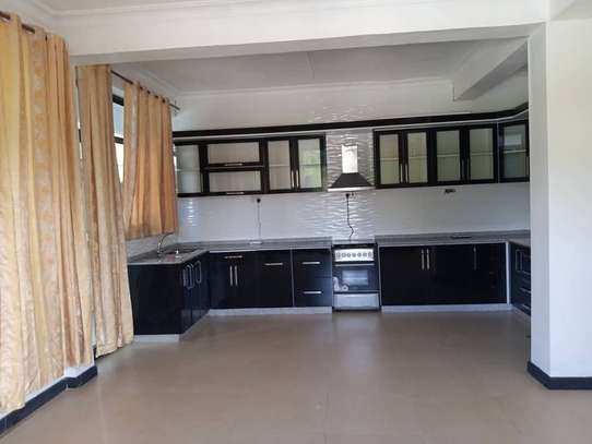 APARTMENT FOR RENT AT OYSTERBAY