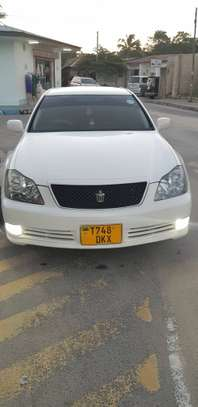 2005 Toyota Crown image 7