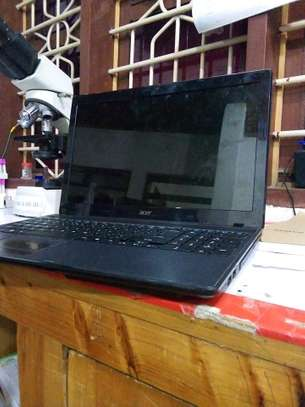 Acer laptop image 2