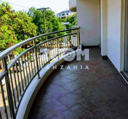SPACIOUS  OCEAN VIEW FULLY FURNISHED 3BHK (EN-SUITE)  Apartment for sale image 1