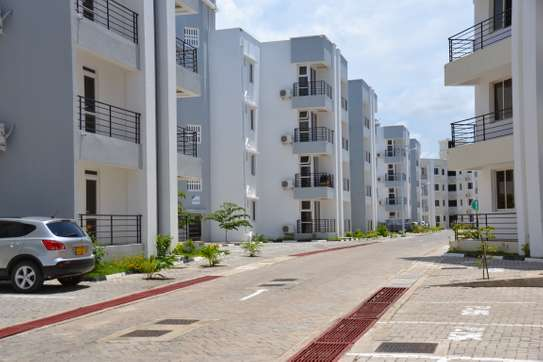 UNFURNISHED 3 BEDROOMS APARTMENT FOR RENT - MBEZI BEACH image 1