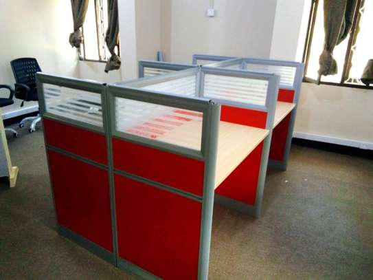 Workstation table (4 seaters) image 1