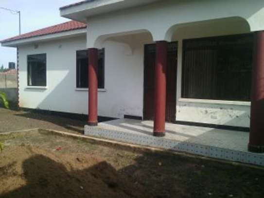 3BEDR HOUSE FOR RENT AT NJIRO image 5