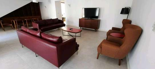 OYSTERBAY....DUPLEX a 3bedrooms fully furnished is available for rent image 4