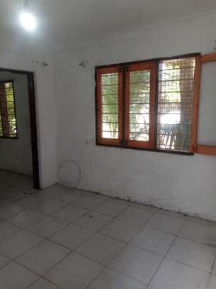 1bed room house at kinondoni image 6