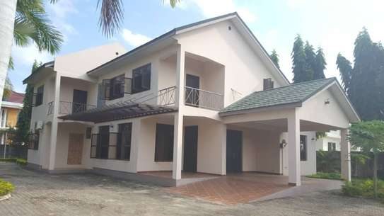 5 bed room house for sale at boko chasimba image 8