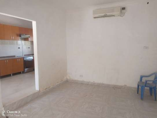 2Bedroom House at Oysterbay $1000pm image 7