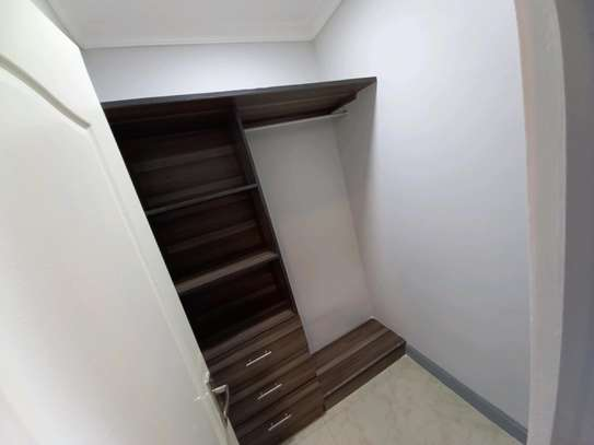 Luxury 3bhk apartment fully furnished for rent image 6