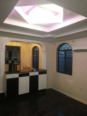 4 bed room house for rent at morroco near best bite image 6