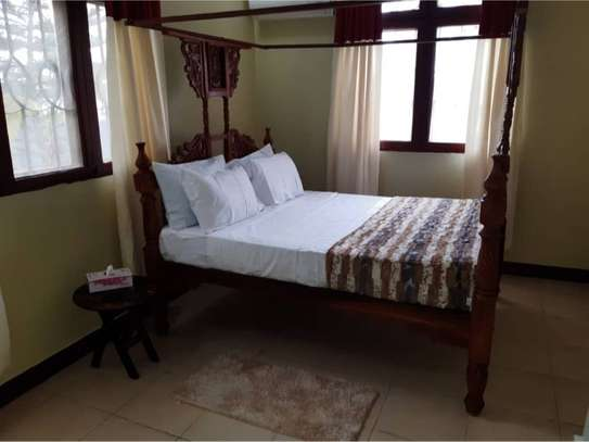 shortay rent $30 per bed a beautfuly house located  at ununio