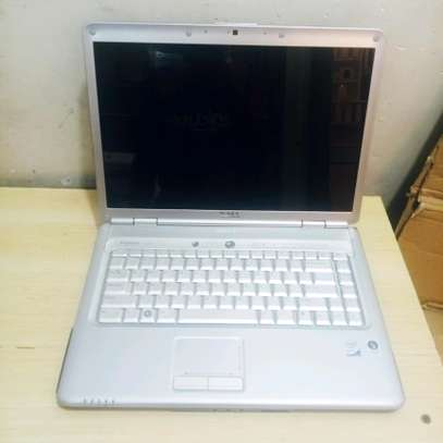 Dell Inspiron Core2 duo RAM 4ghz HDD 320gb Processor 2.4ghz Charge 3hours Bei tsh280,000haipungui Warranty 3month image 4