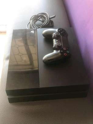 PS4 FAT + 8 GAMES image 1