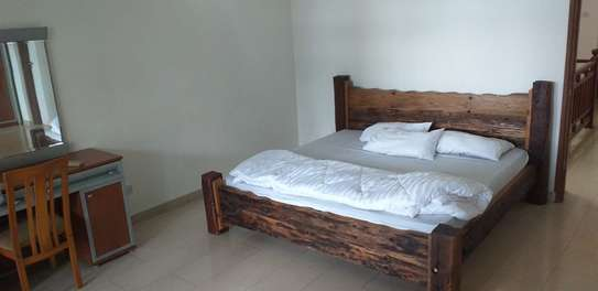 3 bed room beach plot apartment for rent at msasani image 10