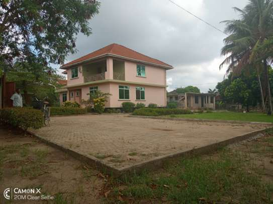 4 bed room house for rent at mbezi africana image 3