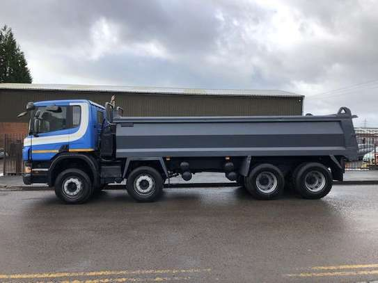 2007 Scania P380 8X4 TIPPER 128MILLION image 2