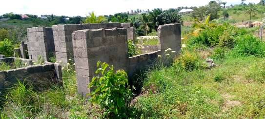 plot incomplete house  for sale at goba image 4