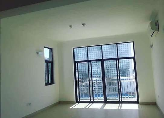 3 bedrooms apartment at Victoria image 9