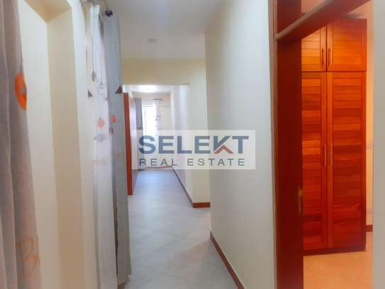 Specious 4 Bedroom Apartment In Oyster Bay image 4