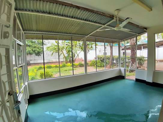 Well Maintained 3 Bedroom Standalone House In Masaki image 2