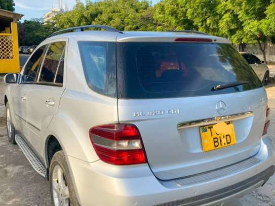 2006 Mercedes-Benz ML 320 image 6