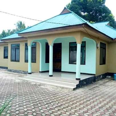 4bedrooms House At Makabe