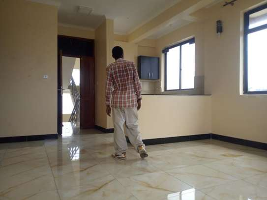 2 bedroom apartment in Msasani Tsh 700,000/- image 1