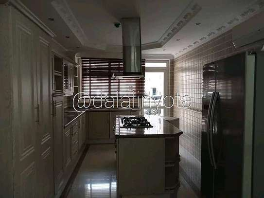 3 BDRM APPARTMENTS AT OSTABEY image 4