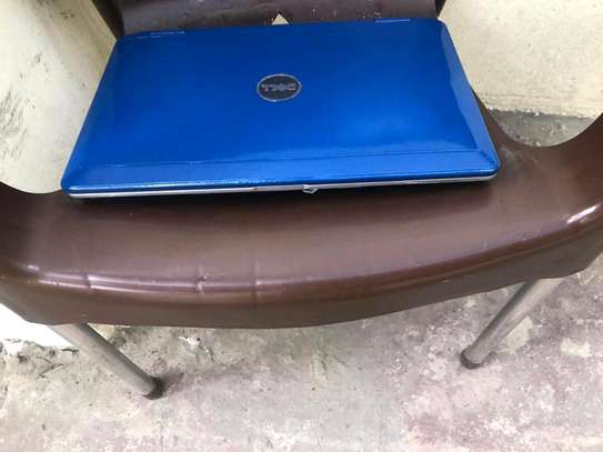 Dell laptop blue color in good condition image 2