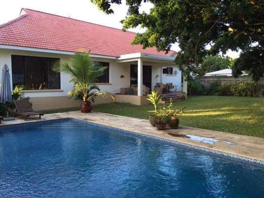 4bed beautfully house at masaki $5000pm nice pool fantastic garden ch image 8