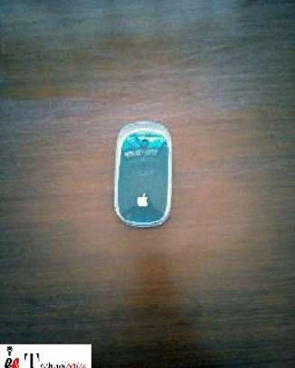 apple wireless mouse image 1