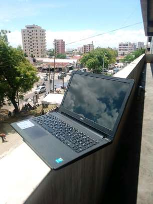 dell Inspiron 15, Core i3