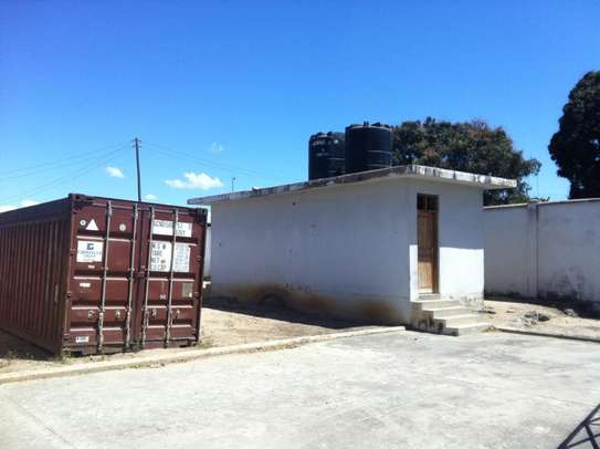 1500 Square meter warehouse for rent at Mbagala image 5