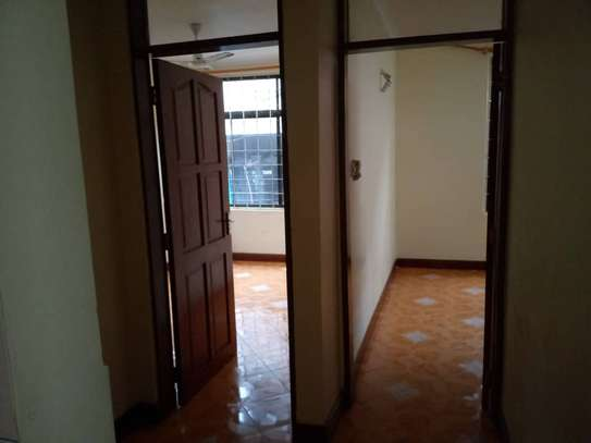3bed house at mikocheni b tsh 1,000,000 bisness  good for office near main rd mwayi kibaki rd image 3