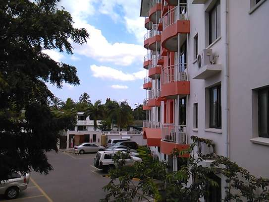 3bed apartment for sale at masaki $180000 image 2