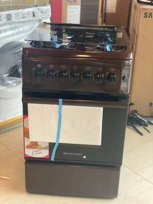 WESTPOINT COOKER 3GAS PLATES 1 ELECTRIC PLATE image 1