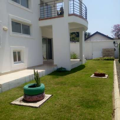 4bedroom Townhouse to let in Oyster bay