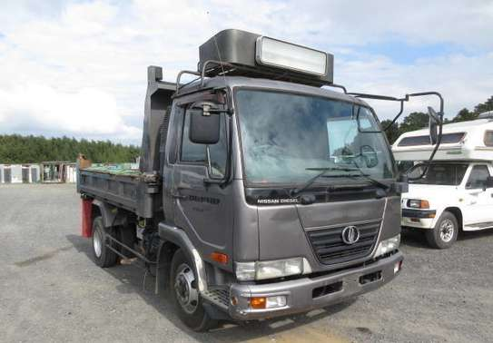 2006 Nissan CONDOR TIPPER 4X2 51MILLION ON THE ROAD image 1
