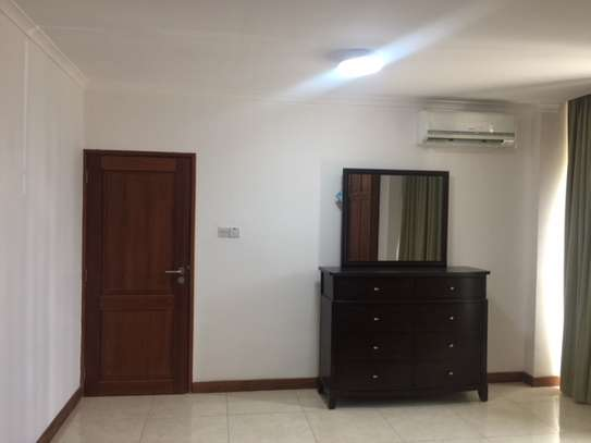 2 Bedrooms Modern & Fully Furnished Apartments in Masaki image 5