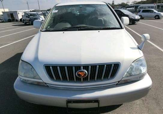 2002 Toyota Harrier