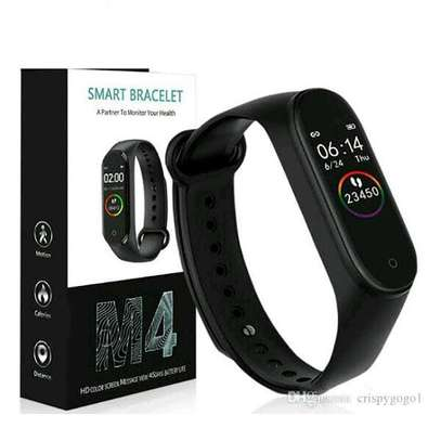M4 SMART FITNESS TRACKER image 1