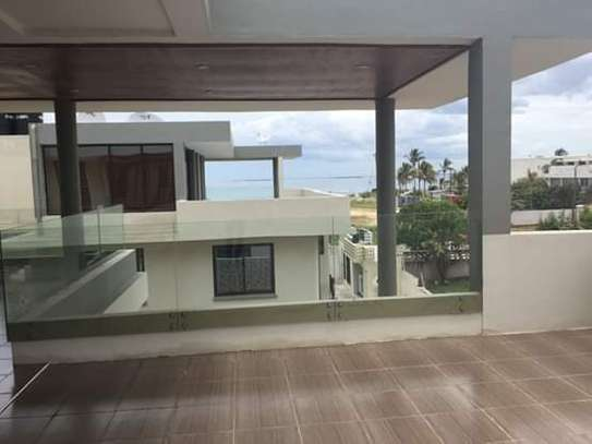 4 Bdrm Villas Full Furnished Ocean View Luxury Houses in Masaki Peninsula