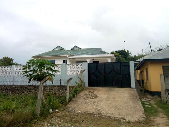 STAND ALONE THREE BEDROOMS HOUSE FOR RENT AT CHANGANYIKENI DSM image 2