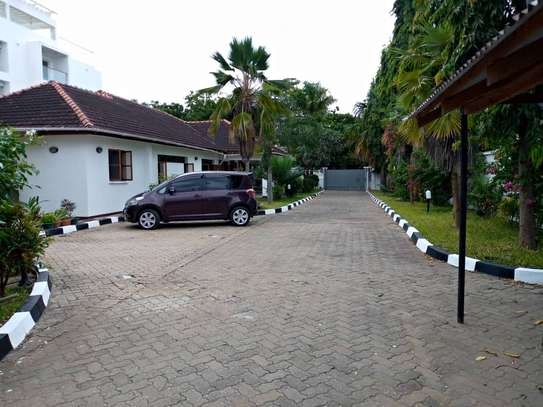 4bdrm house for rent in masaki