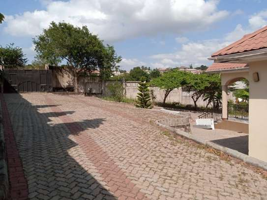 5 bed room house for sale at mbezi uruguluni image 9