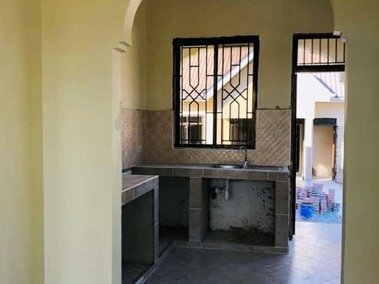 NEW HOUSE FOR RENT (SINZA) image 9