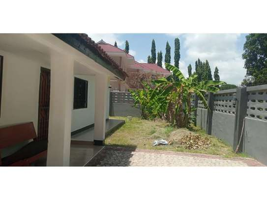 3bed house for sale 800sqm at mbezi beach africana tsh 350m image 6