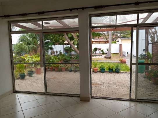 4bdrm house for rent in masaki image 8
