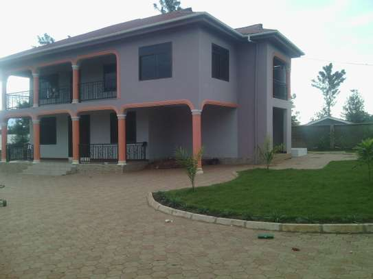 6BEDROOMS.FURNISHED HOUSE FOR RENT AT NJIRO BLOCK  A image 1